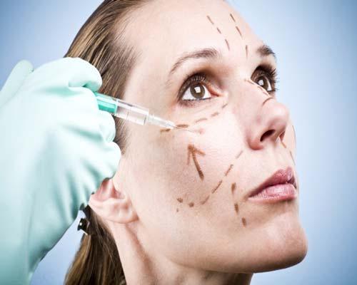 پرکردن صورت با تزریق چربی