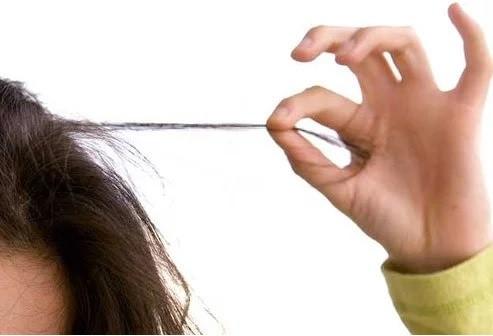 دلایل جالبی که ممکن است باعث ریزش موی شما شود