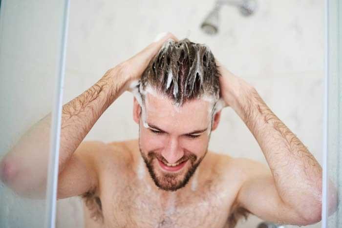 آیا حمام کردن موجب ریزش مو می شود؟