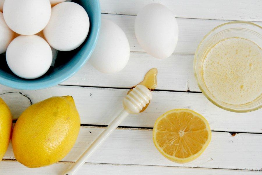 ماسک لیمو و تخم مرغ برای پاکسازی مو