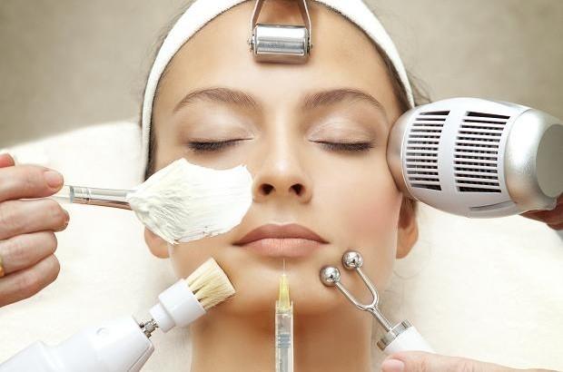 نحوه مراقبت صحیح از پوست پس از دریافت انواع خدمات زیبایی در بهار و تابستان